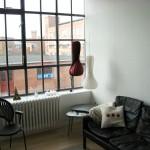Kontoret har lyse lokaler