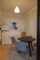 Der er desuden et yderligere mindre arkivrum indbygget i kontoret